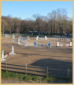 horse riding competition course